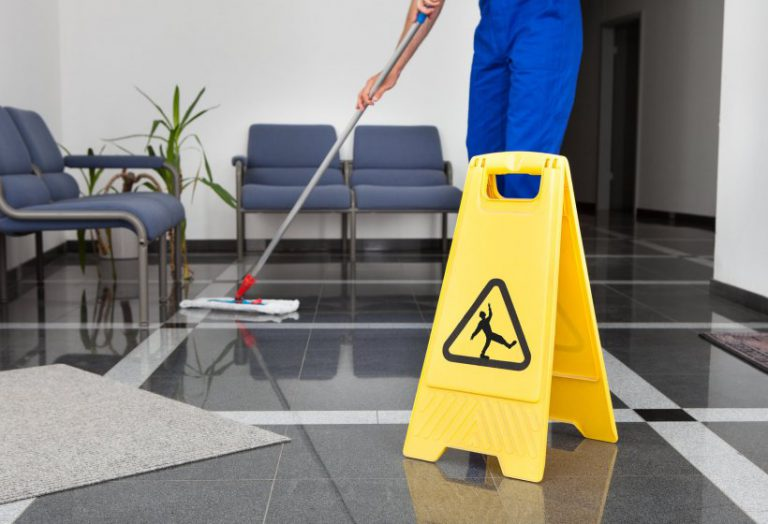 Why Every Business Needs Commercial Cleaning Services – Top 7 Benefits