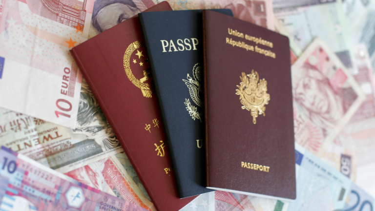 Know The Basic Difference Between Expedited Passport Vs Routine Passport Service